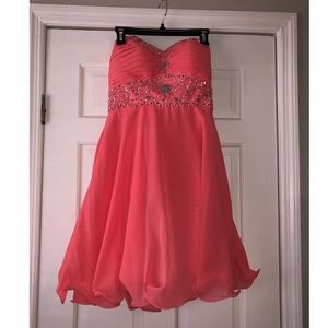 Dresses & Skirts - Coral prom/ formal dress!!